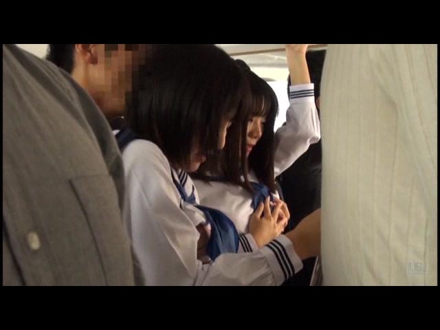 満員電車女子校生ぶっかけ痴漢_01