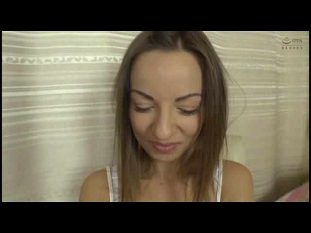 ウクライナの輝く宝石! 超絶品ヨーロッパ人妻を日本人がナンパで口説いて即セックスしてきた!_01