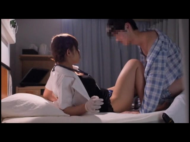 病院にはバレたくないから…25時〜28時限定 誰も知らない平日深夜限定の美熟女ナース裏看護12人4時間4_01